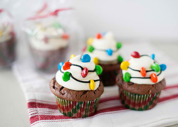 christmas-light-cupcakes02