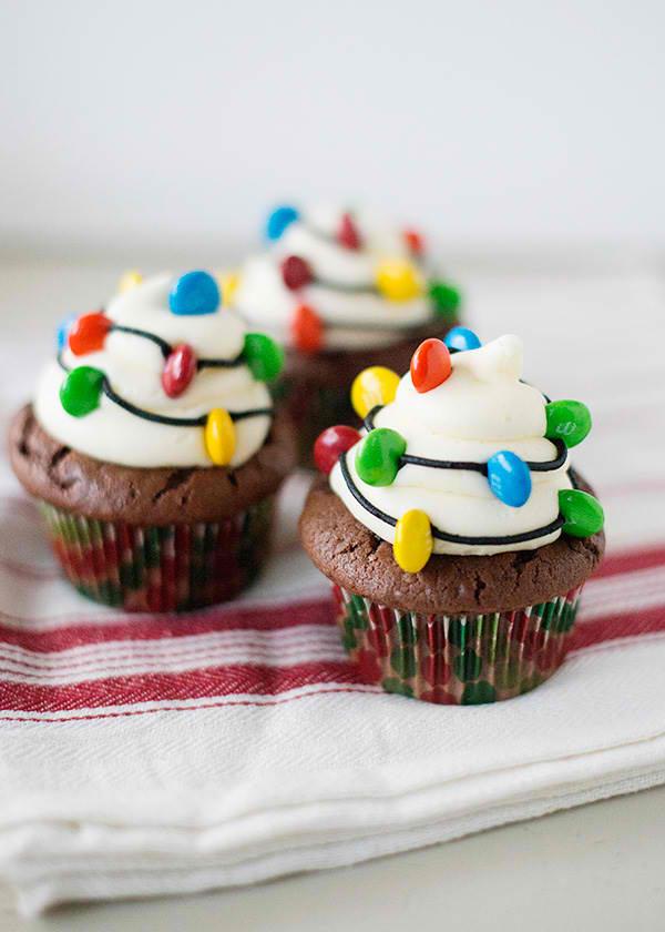 christmas-light-cupcakes03