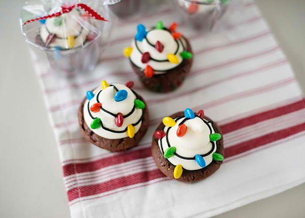 christmas-light-cupcakes06